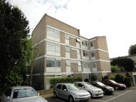 1 bed Ground Flat to rent in College Road, Isleworth...