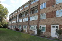 Flat in Travellers Way, Hounslow...