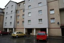 Flat to rent in Lenzie Way, Springburn...