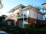 Ground Flat to rent in Hill View, Dorking, RH4
