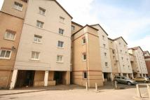 Flat to rent in 11H Lenzie Way...