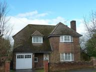 4 bed Detached house to rent in Manor Way, Chesham, HP5