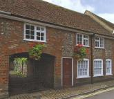 Cottage to rent in King Street, Chesham, HP5