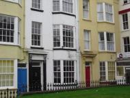 property to rent in 10 Falconers Square, Scarborough, YO11 2EJ