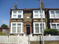 Studio apartment for sale in Selsdon Road, London, E11