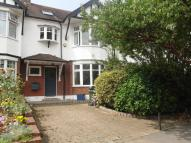 4 bed semi detached house to rent in Warren Road, E11