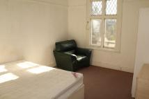 1 bedroom Flat to rent in Hartley Road, London, E11