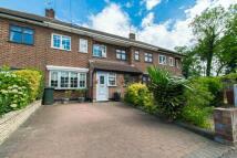 5 bedroom Terraced property in Karen Close, Rainham...