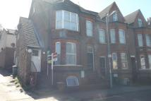 Flat to rent in Alpine Terrace Stockwood...