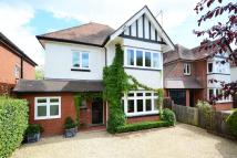 5 bedroom Detached home to rent in Hare Lane, Claygate, KT10