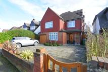 5 bed Detached house to rent in Grove Way, Esher, KT10