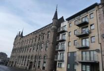 3 bed Flat to rent in Victoria Road, Dundee...