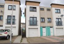 4 bed Terraced property to rent in Milton Street, Dundee...