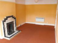 1 bedroom Flat to rent in Walton On Thames
