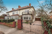 5 bed semi detached house for sale in Walton On Thames