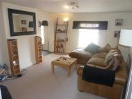 High Street Apartment to rent