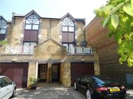 Apartment to rent in Goodhart Place...