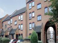 Apartment to rent in Horseshoe Close...