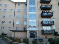 3 bedroom Apartment in Adventurers Quay...