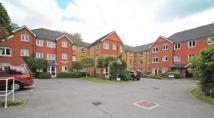 2 bed Flat in Hart Dene Court, Bagshot