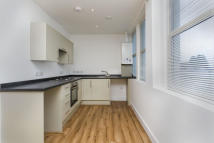 1 bedroom Apartment to rent in Raebarn House