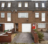 3 bedroom semi detached house to rent in All Saints Road...