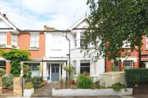 4 bedroom Town House in Grosvenor Avenue Sheen...
