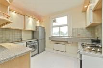 Flat to rent in Elm Road, East Sheen...