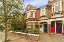 Flat in Cowley Road, Mortlake...