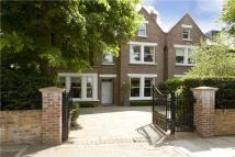 Christchurch Road semi detached house to rent