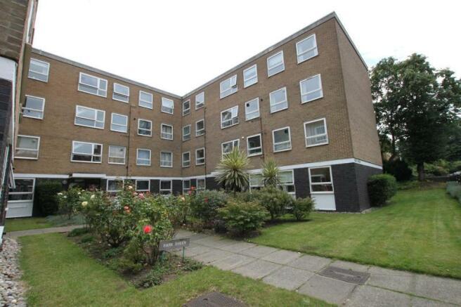2 Bedroom Flat To Rent In Park Sheen Derby Road East Sheen London Sw14