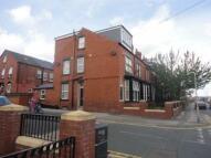 1 bed Flat to rent in Tempest Road, Leeds, LS11