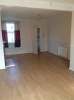 3 bed Terraced house in Victoria Road, , DN12