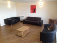 Apartment to rent in New Hall Lane, Preston...