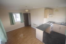 Flat to rent in Kingsdale Court, Leeds...