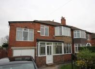 Moor Allerton Drive semi detached house to rent