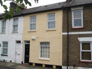 2 bed Cottage in Pymmes Road, London, N13