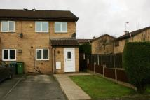 2 bed End of Terrace house in Thistledown Close...