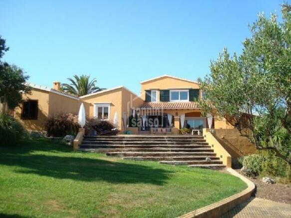 Magnifica Casa Famil