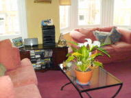 Kelfield Gardens Flat Share