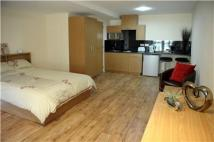 Studio apartment to rent in Allington Road, London...