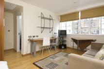 Studio flat in Pembridge Villas, London...