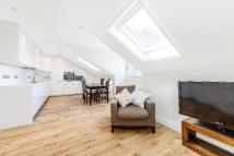 2 bed Flat in Roehampton Lane, Putney