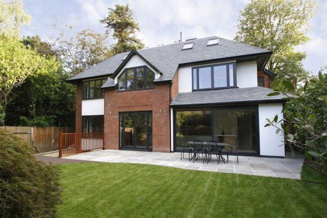6 bedroom detached house for sale in coombe end kingston upon thames kt2
