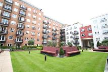 2 bed Apartment in Seven Kings Way...