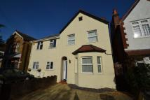 Thornhill Road semi detached property to rent