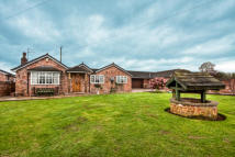 4 bed Detached Bungalow in Frog Lane, Pickmere, WA16