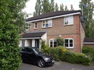 Ground Flat to rent in Bryony Close, LOUGHTON...