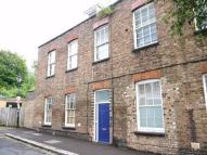 2 bedroom Flat in St Mary Road...
