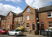 Ground Flat to rent in Queens Road...